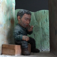 A person in Jong-Ro market (esquisse) / sculpture, 2000<br/> h 230 x 230 x 180 mm / mixed media<br/> a workman whom I saw in Jong-lo market (esquisse)