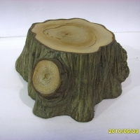 Stump<br/>h 400 x 600 x 650 mm / urethane, Styrofoam, steel / 2010