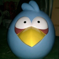 Angry Bird 4<br/>h 1400 x 1250 x 1000 mm (set) / fiber reinforced plastics, steel / 2013